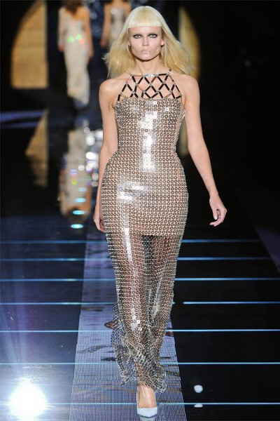 versace44 400x600 Versace Fall 2012 | Milan Fashion Week
