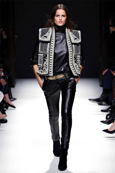 balmain14 400x600 Balmain Fall 2012 | Paris Fashion Week