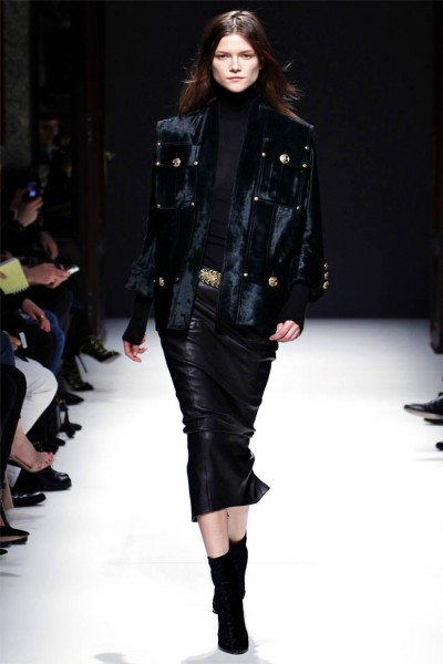 balmain2 400x600 Balmain Fall 2012 | Paris Fashion Week