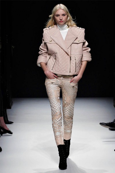balmain20 400x600 Balmain Fall 2012 | Paris Fashion Week