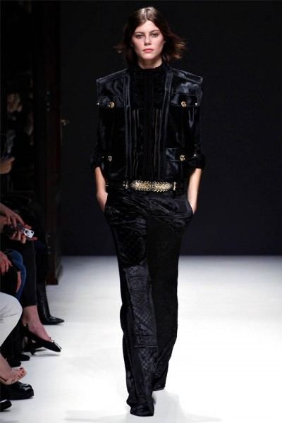 balmain27 400x600 Balmain Fall 2012 | Paris Fashion Week