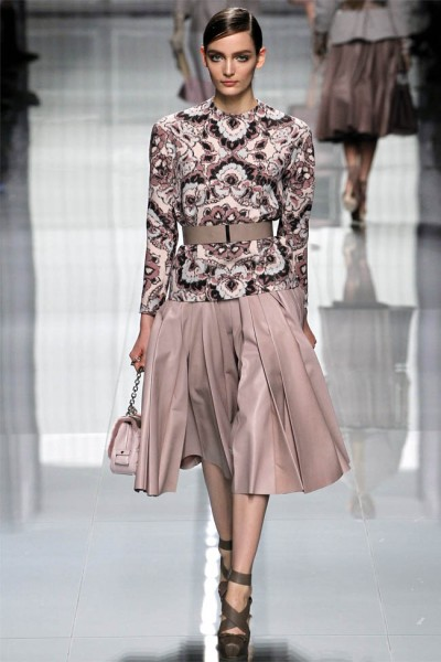 dior19 400x600 Christian Dior Fall 2012 | Paris Fashion Week