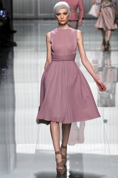 dior21 400x600 Christian Dior Fall 2012 | Paris Fashion Week