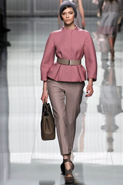 dior22 400x600 Christian Dior Fall 2012 | Paris Fashion Week
