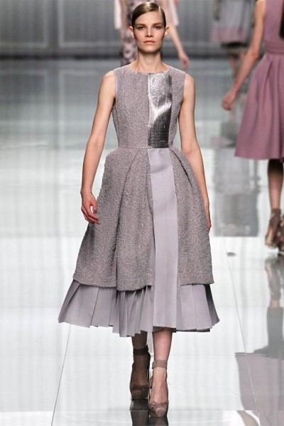 dior23 400x600 Christian Dior Fall 2012 | Paris Fashion Week