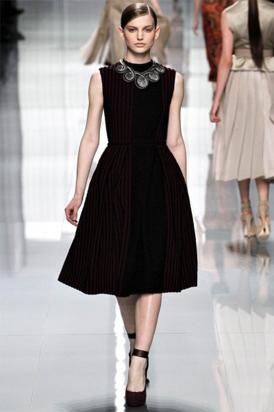 dior32 400x600 Christian Dior Fall 2012 | Paris Fashion Week