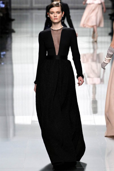 dior45 400x600 Christian Dior Fall 2012 | Paris Fashion Week