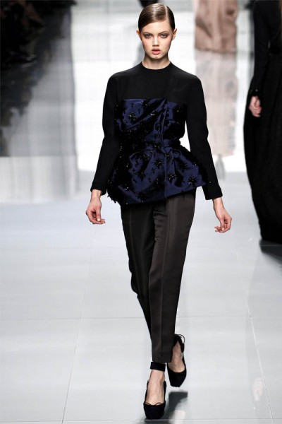 dior46 400x600 Christian Dior Fall 2012 | Paris Fashion Week