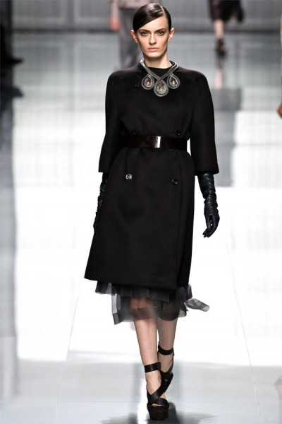 dior5 400x600 Christian Dior Fall 2012 | Paris Fashion Week