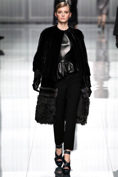 dior9 400x600 Christian Dior Fall 2012 | Paris Fashion Week