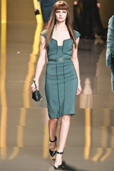elie saab34 400x600 Elie Saab Fall 2012 | Paris Fashion Week
