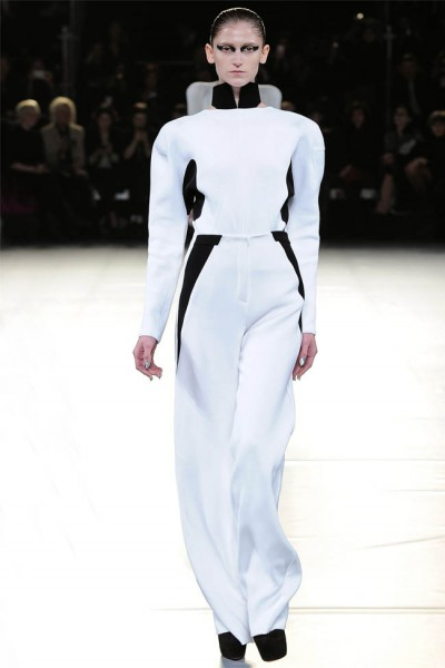 mugler11 400x600 Mugler Fall 2012 | Paris Fashion Week