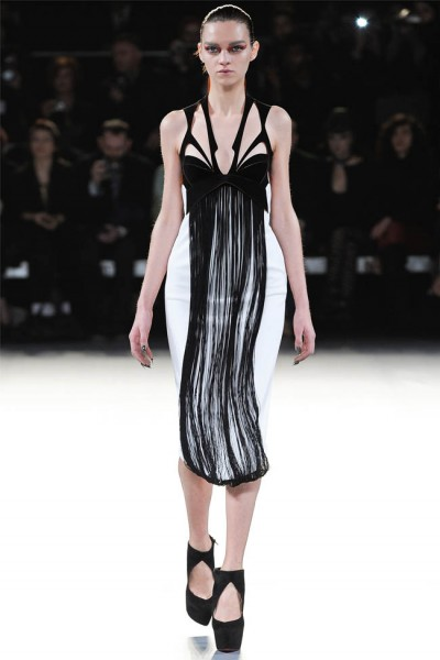 mugler15 400x600 Mugler Fall 2012 | Paris Fashion Week