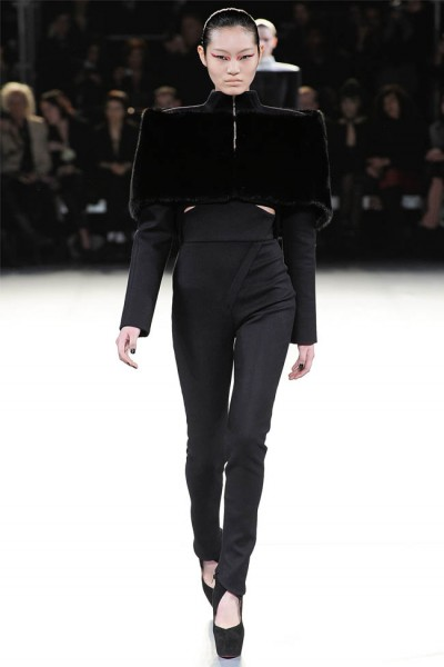 mugler24 400x600 Mugler Fall 2012 | Paris Fashion Week