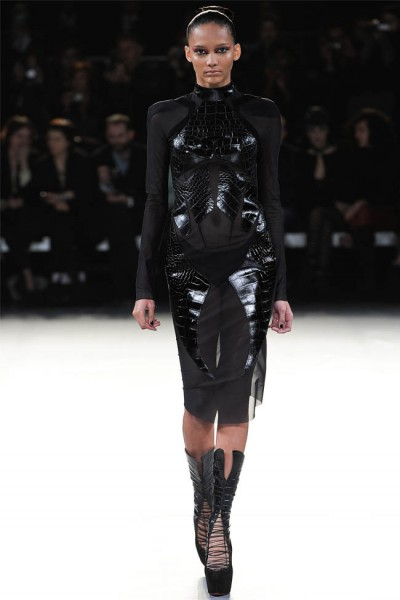 mugler27 400x600 Mugler Fall 2012 | Paris Fashion Week