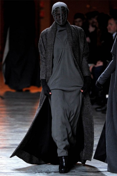 rick owens5 400x600 Rick Owens Fall 2012 | Paris Fashion Week