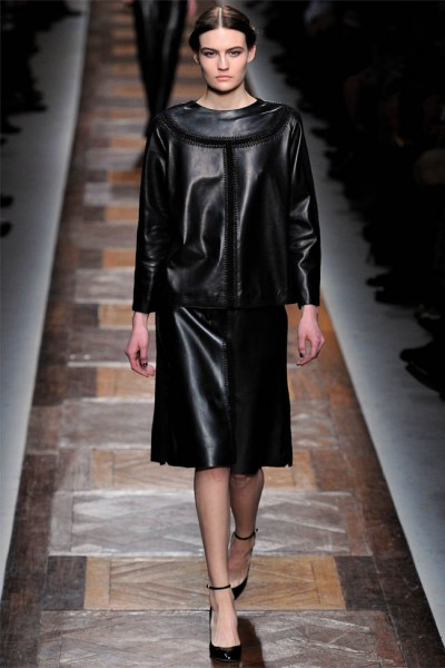valentino2 400x600 Valentino Fall 2012 | Paris Fashion Week