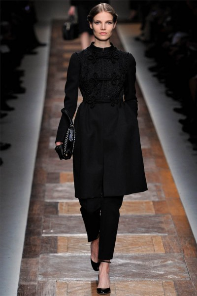 valentino32 400x600 Valentino Fall 2012 | Paris Fashion Week
