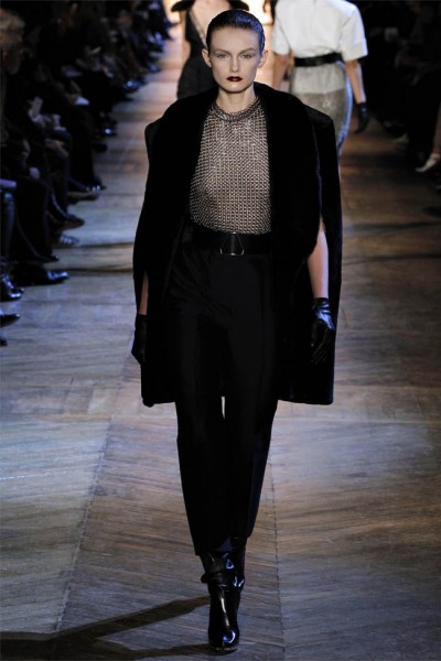 yves saint laurent21 400x600 Yves Saint Laurent Fall 2012 | Paris Fashion Week