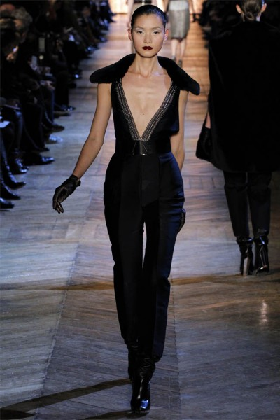 yves saint laurent22 400x600 Yves Saint Laurent Fall 2012 | Paris Fashion Week