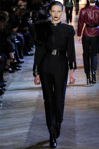 yves saint laurent6 400x600 Yves Saint Laurent Fall 2012 | Paris Fashion Week