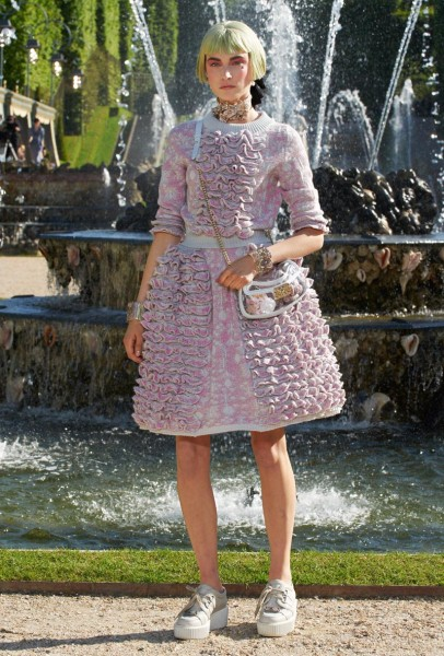 chanel resort14 406x600 Chanel Cruise 2013 Collection