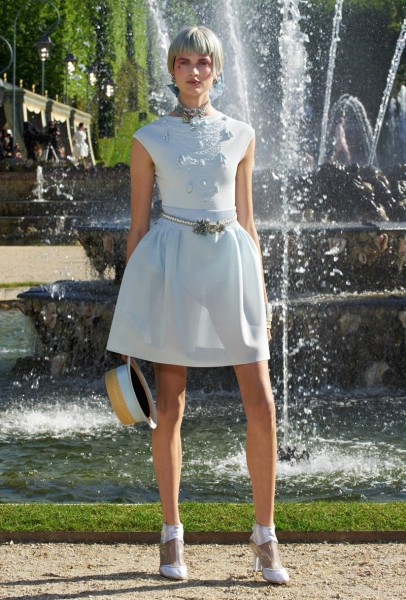 chanel resort20 406x600 Chanel Cruise 2013 Collection