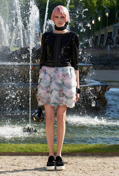chanel resort44 406x600 Chanel Cruise 2013 Collection