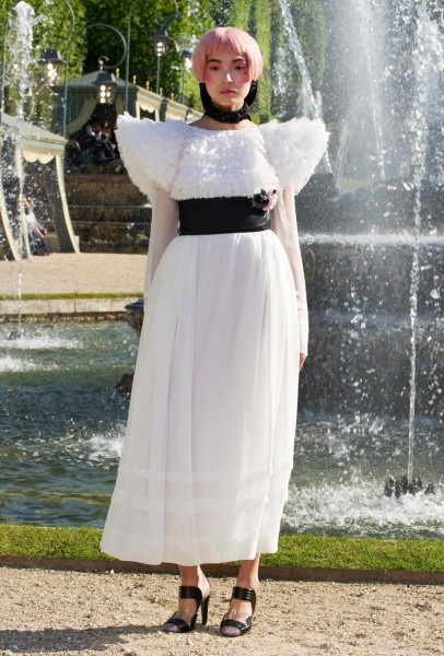 chanel resort52 406x600 Chanel Cruise 2013 Collection