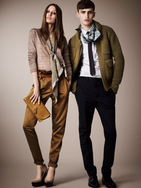 burberry resort12 450x600 Burberrys Resort 2013 Collection is Tailored for Ease