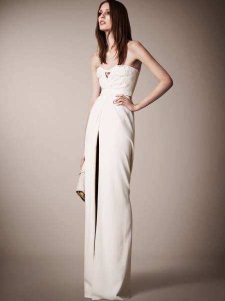 burberry resort26 450x600 Burberrys Resort 2013 Collection is Tailored for Ease
