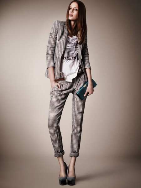 burberry resort4 450x600 Burberrys Resort 2013 Collection is Tailored for Ease