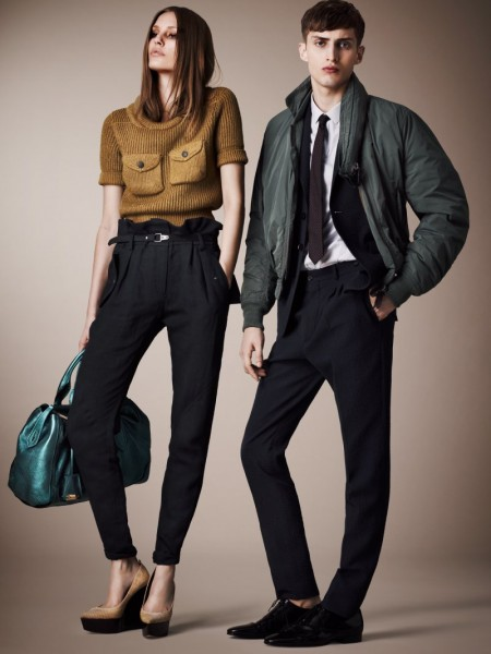 burberry resort7 450x600 Burberrys Resort 2013 Collection is Tailored for Ease