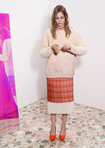 stella mccartney13 428x600 Stella McCartneys Resort 2013 Collection Embraces 70s Style, Colors and Prints