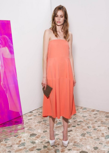 stella mccartney15 428x600 Stella McCartneys Resort 2013 Collection Embraces 70s Style, Colors and Prints