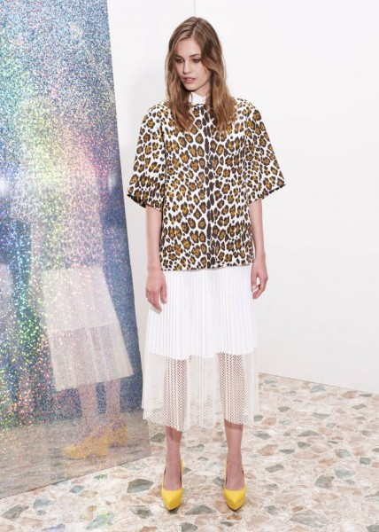 stella mccartney2 428x600 Stella McCartneys Resort 2013 Collection Embraces 70s Style, Colors and Prints