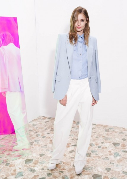 stella mccartney20 428x600 Stella McCartneys Resort 2013 Collection Embraces 70s Style, Colors and Prints