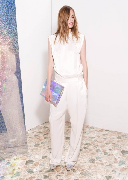 stella mccartney25 428x600 Stella McCartneys Resort 2013 Collection Embraces 70s Style, Colors and Prints