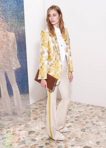 stella mccartney3 428x600 Stella McCartneys Resort 2013 Collection Embraces 70s Style, Colors and Prints