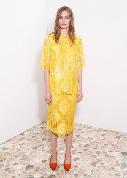 stella mccartney31 428x600 Stella McCartneys Resort 2013 Collection Embraces 70s Style, Colors and Prints