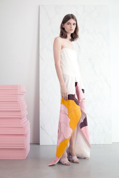 vionnet1 400x600 Vionnets Resort 2013 Collection Offers Airy & Modern Femininity
