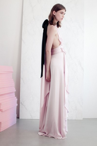 vionnet11 400x600 Vionnets Resort 2013 Collection Offers Airy & Modern Femininity