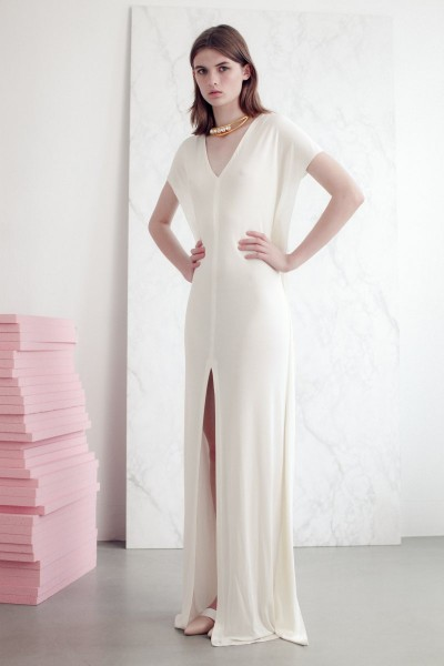vionnet15 400x600 Vionnets Resort 2013 Collection Offers Airy & Modern Femininity