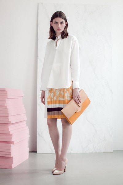 vionnet16 400x600 Vionnets Resort 2013 Collection Offers Airy & Modern Femininity