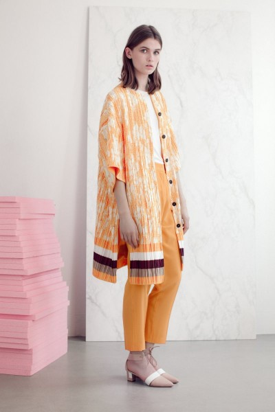 vionnet18 400x600 Vionnets Resort 2013 Collection Offers Airy & Modern Femininity