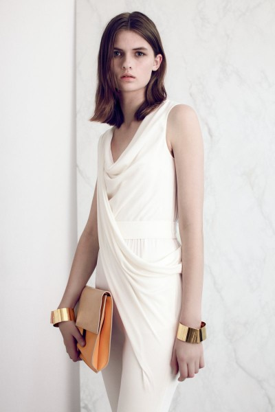 vionnet19 400x600 Vionnets Resort 2013 Collection Offers Airy & Modern Femininity