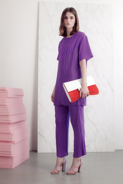 vionnet24 400x600 Vionnets Resort 2013 Collection Offers Airy & Modern Femininity