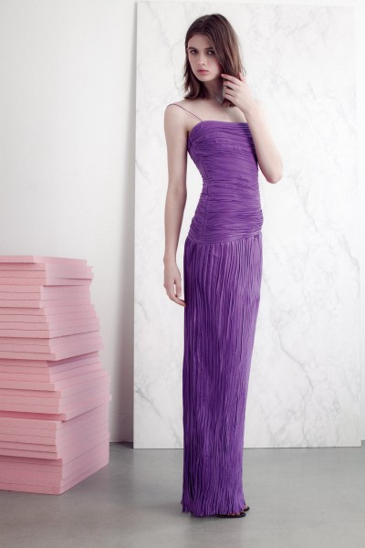 vionnet25 400x600 Vionnets Resort 2013 Collection Offers Airy & Modern Femininity