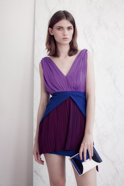 vionnet26 400x600 Vionnets Resort 2013 Collection Offers Airy & Modern Femininity