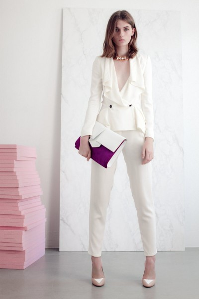 vionnet8 400x600 Vionnets Resort 2013 Collection Offers Airy & Modern Femininity